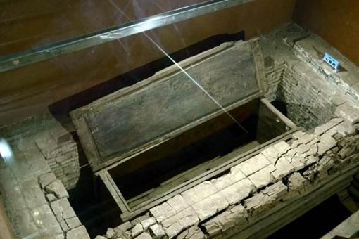 明朝七星巨棺到底寓意着什么?属于哪个朝代的?